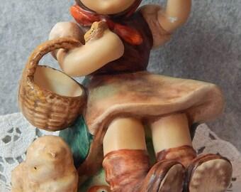 Hummel Figurine, Farewell, mold 65, TMK 6