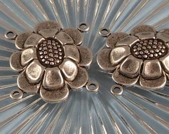 LuxeOrnaments Large Antique Sterling Silver Plated Brass Filigree Daisy 4 Loop Connector 24x20mm 2 pcs F-7427-4-S