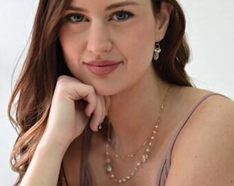Delicate Gold Necklace, Delicate Gemstone Necklace, Gemstone Necklace, Pearl Necklace, White Pearl Necklace, White Gemstone Necklace, White