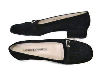 Vintage Shoes Black Flats Suede Women's Fringe and Buckle Martinez Valero 1990's Size 8 AA