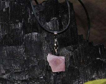 Rustic rose quartz necklace