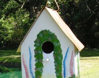 Colorful Wood Birdhouse * Metal Roof * Refurbished * Free Shipping
