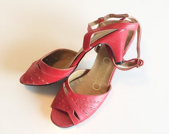 Pair of vintage 1970s red open toe sandles with heel