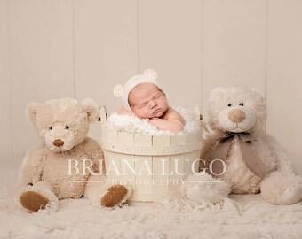 Digital newborn bears prop