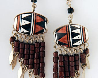 Peruvian earrings clay beads brown white dangly Tumi jewelery fairtrade hand made in Peru
