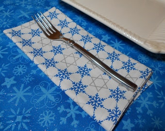 Hanukkah Dinner Napkins, Holiday Dinner Napkins, Star of David Napkins, Snowflakes, Blue and White Napkins, Chanuikkah Diner Napkins, Jewish