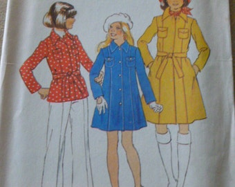 """7318 Simplicity Size 10 Breast 28 1/2"""" Girl Pattern Girls Coat in Two Lengths Vintage 1975 Uncut"""