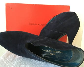 Charles Jourdan Paris Vintage 1980s Blue/Navy  Suede Ankle Boots  Size 37