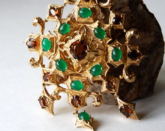 Fantastic Vintage Brooch OR Pendant Gold Tone with Emerald Cabachons and Amber Rhinestones