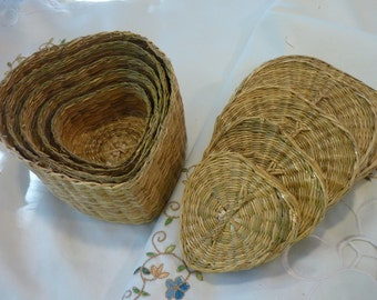Vintage Sweet Grass Baskets -  Baskets with Lids - 5 Hand Woven Heart Shaped Baskets - Gift for Anyone