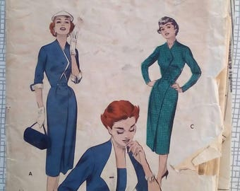 "1950s Dress - 30"" Bust - Butterick 7070 - Vintage Sewing Pattern"