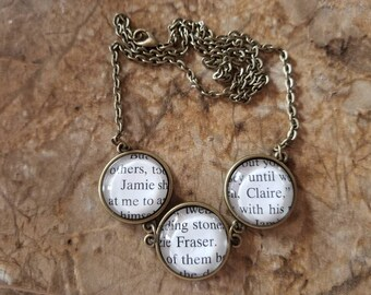 Jamie and Claire Fraser book page necklace