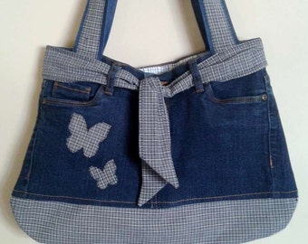 Bag recycled denim decorated with cotton inside and outside pockets