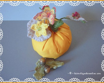 Decoration: Pumpkin orange, fabric, snail and Butterfly
