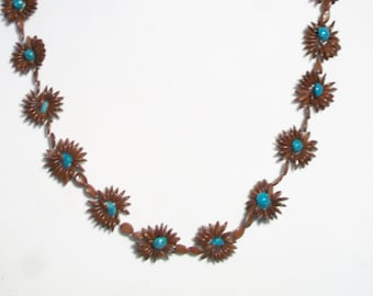 Vintage Seed Flower Hippie Necklace Retro Floral Shell Jewelry Earthy Boho Chic