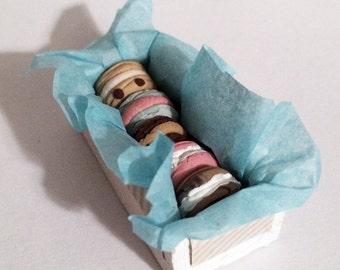 1:12 Scale Miniature Vintage Modern Bakery Grand Macaroons