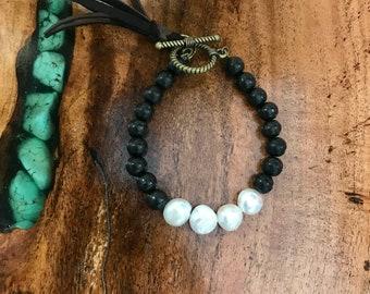 Ebony wood & Pearl bracelet