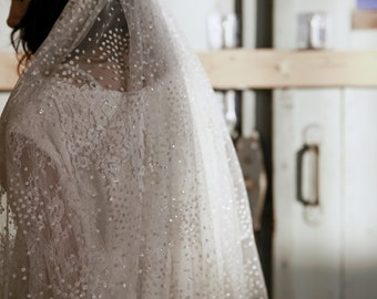 ASTERIA VEIL - Handmade glitter dot lace edge wedding veil - Fingertip length - Bohemian vintage style - For the unique bride and wedding