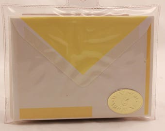 New! Old Stock. Windsor Yellow Stationery Set. 8 Note Cards and 8 Decorated Envelopes. W19005