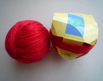 2 red Mercerized cotton yarn