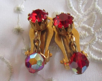 Vintage Gold Tone Ruby Red Rhinestone and Ruby Red Glass Bead Drop Clip On Earrings
