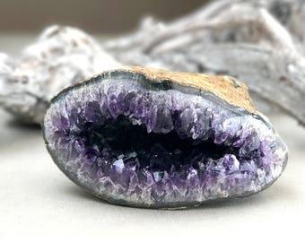 3.24lb amethyst geode