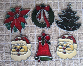 Vintage Sun Catchers Christmas poinsettia/wreath/Christmas tree/bell/2 Santas Faux acrylic stained glass ornament Window decoration