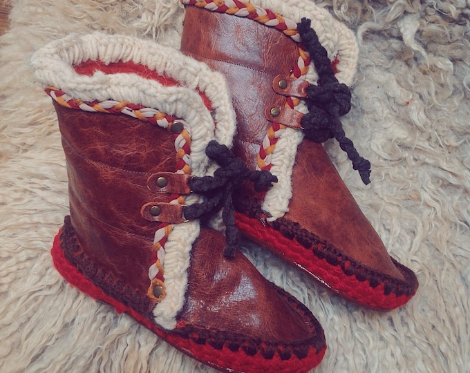 GLAM CHOCOLATE Woman man Moccasins Valentines gift for her felted boots wool slippers pantoufles ibiza style crochet leather moccasins boots