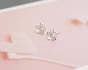 Sakura Flower Earrings, Simple Earrings, Simple Classic Minimalist Earrings, 925 Silver Earrings, Minimalist Earrings, Dainty Earrings, Tiny