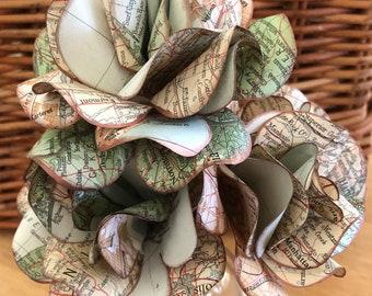 Map Roses, road map roses, atlas roses, map rose bouquet, atlas rose bouquet, wedding roses, graduation roses, anniversary roses, paper rose