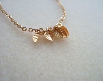 5-Tiny Leaf Charm Bracelet