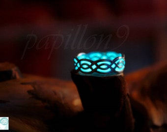 Celtic ring / GLOW in the DARK / Sterling Silver Ring / Silver Celtic Ring /
