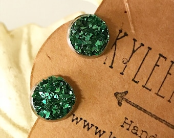 Green Crushed Glass Post Style Earrings, Druzy Look Earrings, Emerald Earrings that Glitter and Sparkle, Stud Earrings