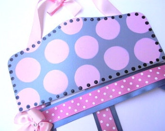 Personalized Bow Holder- Boutique Plaque Style-gray and pink-gray bow holder