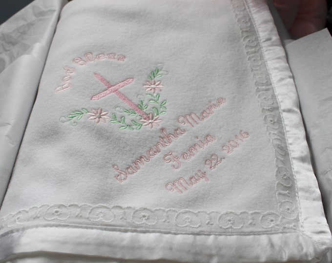 Personalized Embroidered Baby Blanket, Baby Shower Gift, Newborn Gift, Monogrammed Baby Gifts, Heirloom Baby Blanket with Eyelet Lace Trim
