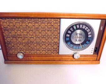 SEMBLE TRÈS BIEN! Zenith X323 1951 Tube Radio, testé et travail, Vintage électronique