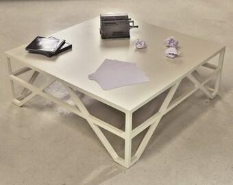"Modern Coffee Table ""Parea"""
