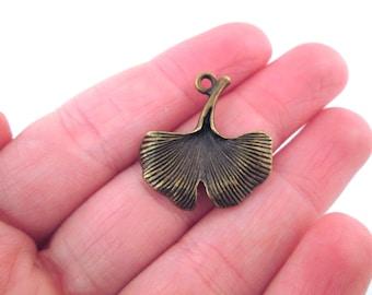 10 ginko leaf charm pendants, brass plated, D17