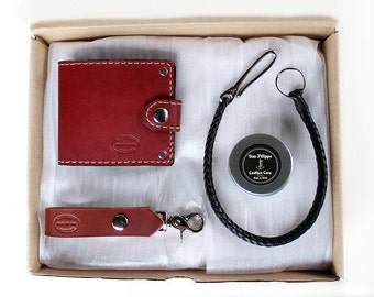 Mens Leather Wallet Gift Set, Bifold with Snap Closure, Braided Leather Wallet Chain with Hook, Personalized Gift, Monogrammed Gift For Men