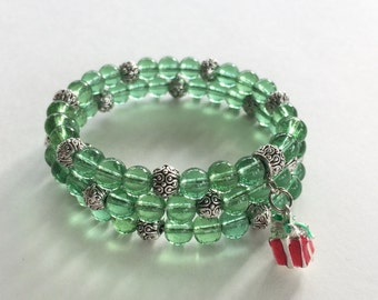 Green glass bead memory wire bracelet - silver accents - gift charm