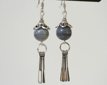 Schwarz, weiß und grau gestreift Achat Silber Paddel Tropfen Ohrringe