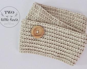Crochet infinity scarf, crochet scarf, infinity scarf, chunky infinity scarf, cream with wooden button, child size, KEIRYN INFINITY SCARF