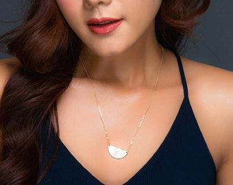 Gold Half Moon Necklace, Personalized Hammered Half Circle Rose Gold Necklace, Delicate Silver Gratitude Necklace, Layering Moon Jewelry