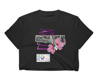 Vaporwave AESTHETIC བརད་   New York Graffiti Floral Glitch Abstract Geometry LSD Psychedelic Subway Train NYC Trippy Women's Crop Top