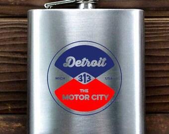 """Detroit """"Reel"""" Flask"""