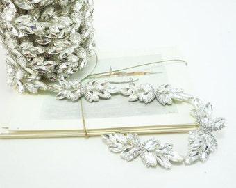 Silver Rhinestone Flower Bud, Rhinestone Chain, Clear Crystal Trim, Rhinestone Applique, 30mm ( 1 Yard Qty)