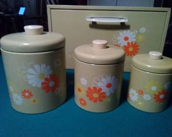Ransburg canister set and breadbox