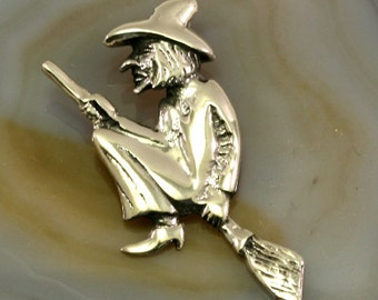Witch 925 sterling silver pendant -- 1182