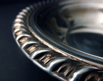 vintage Wm Rodgers silverplate candy dish