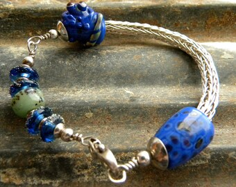 SALE   Sale  OOAK  Cute Deep Blue and Green Lizard Crawling on Lampwork Cone Sterling Silver Viking Knit and Lampwork Beads Bangle Bracelet
